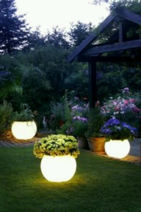 Glow in the dark pots. Use Rustoleum Glow in the dark paint.: Ideas, Glowinthedark, Craft, Outdoor, Glow In The Dark Paint, Flower Pots, Backyard, Flowerpot