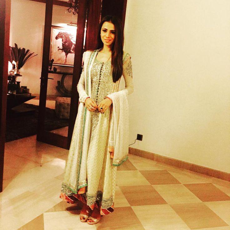 Hairstyle Girl Jora: About Last Nite! Shadi Season On!!! ️wearing My Nikkah