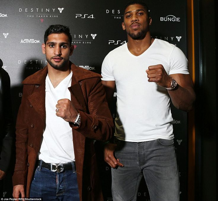 amir khan and wife faryal split twitter bust daily the boxer from bolton this afternoon astonishingly claimed she had affair with heavyweight