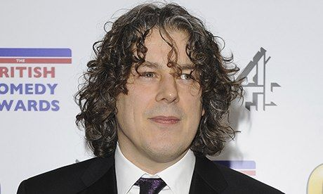 Lord McAlpine settles libel action with Alan Davies over Twitter comment £15k