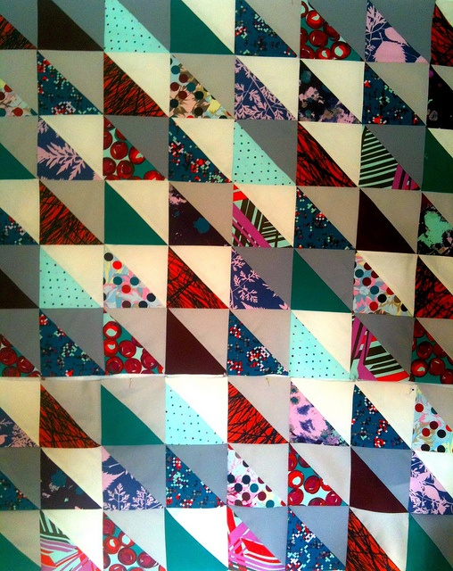 modern triangle quilt layout