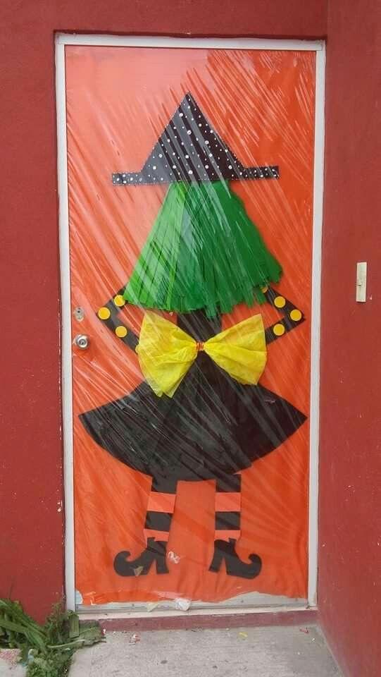 Puerta de bruja puertas decoradas para halloween for Imagenes puertas decoradas halloween