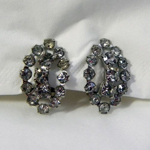 1970s clear diamante vintage clip on earrings Add a sparkle to your outfit with this pair of original vintage earrings circa seventies to eighties