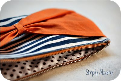 Simply Albany: Bow Clutch - It All Started With A Zipper...#diy #craft