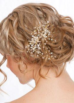 Beach Wedding Hairstyles mermaid look beach wedding hairstyles Find This Pin And More On Beach Wedding Hair By Paradisebride