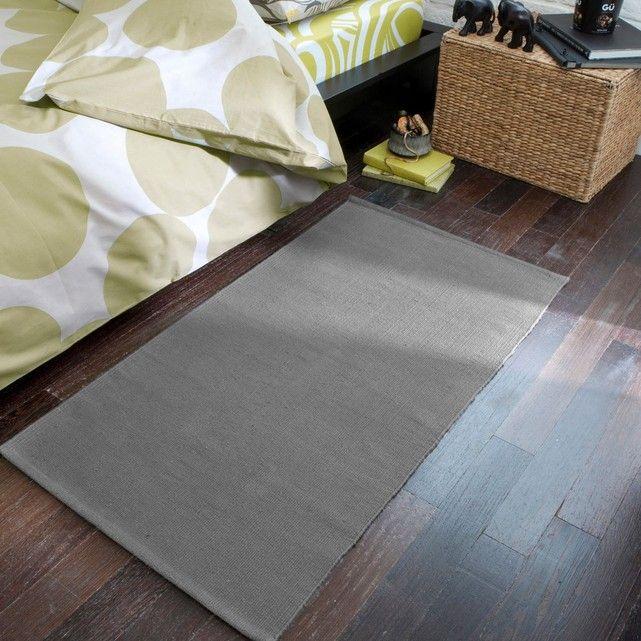 """Descente de lit pur coton Junkan très sympa : une palette de coloris """"peps"""" pour réveiller la déco et égayer la maison pour ce tapis à l'entretien super-facile !Caractéristiques de la descente de lit coton, Junkan :100% coton.875 gr/m².Lavable machine à 40°.Retrouvez les tapis assortis et le reste de la collection tapis sur laredoute.fr.Dimensions de la descente de lit coton, Junkan :Largeur : 60 cmLongueur : 110 cm"""