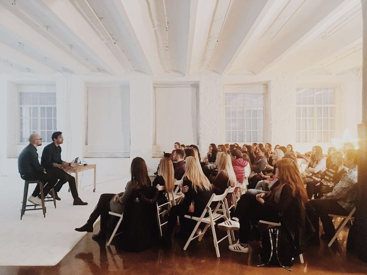 Творческая встреча с Антоном Земляным и арт-директором журнала журнала GQ Russia Дмитрием Гиенко #gq #russia #photography #fashion&beauty #talk #meetup #share #with #experience #whitephotoschool #фотошкола #москва #вайт #вайтшкола #встреча #q&a #фотограф