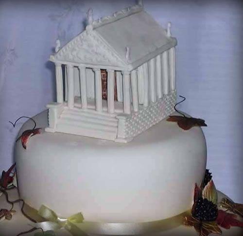Bespoke Wedding Cakes By Award Winning Decorator And Artist Heather Sweet