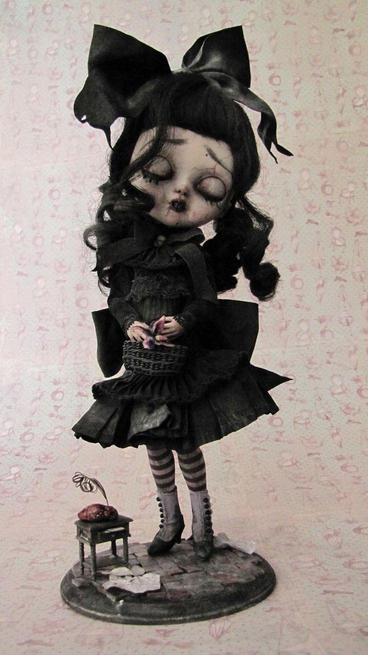 Une poupée noire.