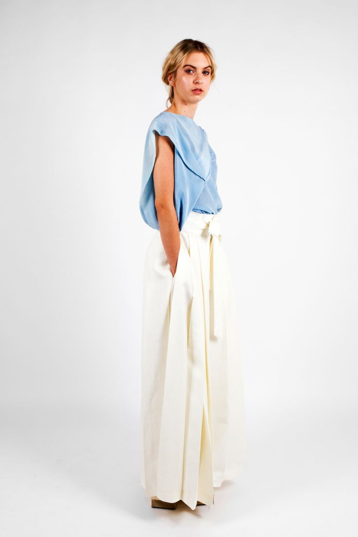 Nicole Wesseling; Zen 2013 Naturally dyed indigo silk crepe de chine Thanaa Top and Linen Pleat Pant. Shoes: Steven Park of 6x4.  Photographer: James Black of Black Photographic.  Model: Kelly Pochyba.