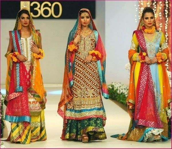 Color Mehndi Dresses 2014 | Mehndi Dresses Designs 2014 for Bride Check out more desings at: http://www.mehndiequalshenna.com/