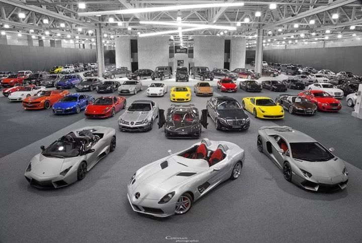 Dream supercar garage cars pinterest garage and dreams for Five car garage