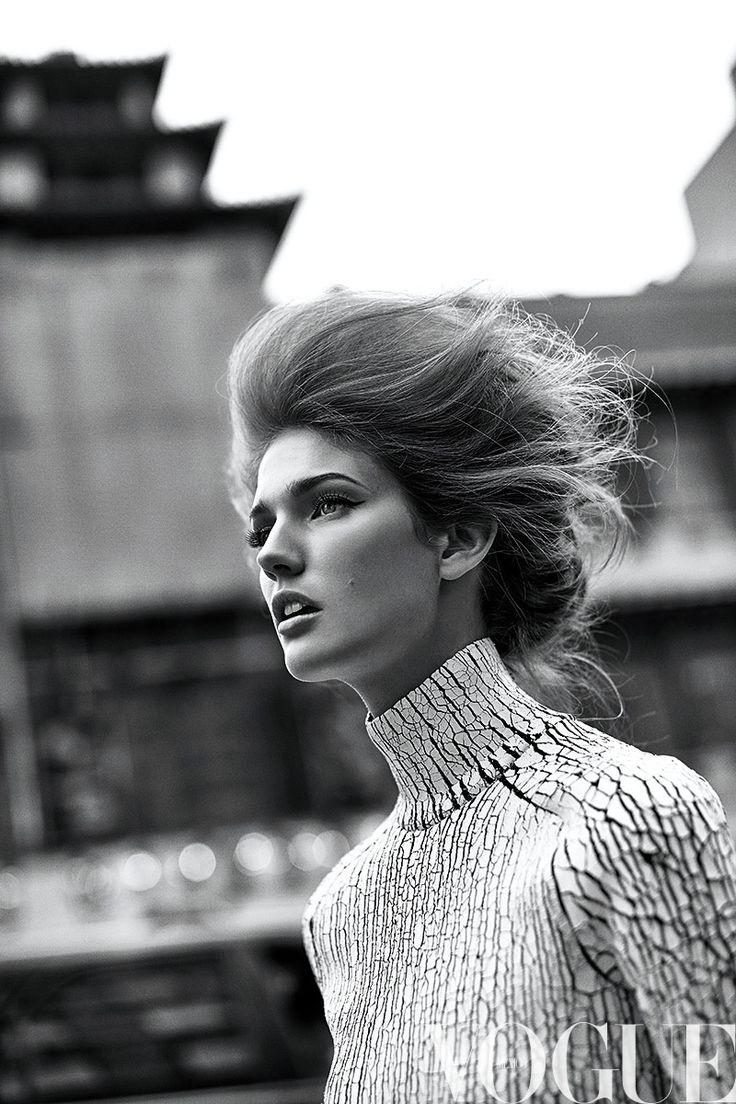 Vogue Mexico octubre 2013 portada Kendra Spears