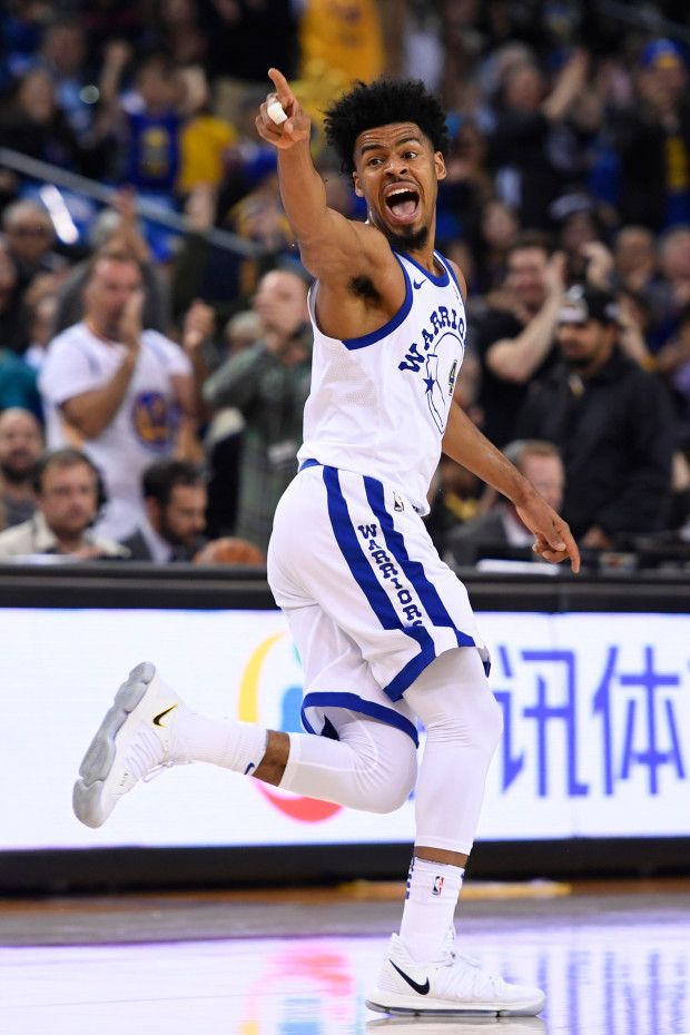 Golden State Warriors Quinn Cook 4 Reacts After Scoring A Three Point Basket Against The Sacramento Kings Basketball Uniforms Design Warrior Basketball News