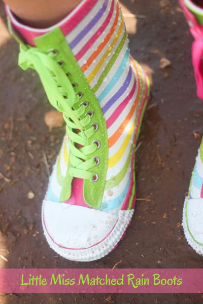 Check out these ADORABLE Rain Boots from @LittleMissMatch! http://www.greeneyedcountrygirl.com/little-miss-matched-girls/?utm_campaign=coschedule&utm_source=pinterest&utm_medium=Anna%20Hettick%20%7C%20Green%20Eyed%20Country%20Girl%20(Green%20Eyed%20Country%20Girl%20%7BThe%20Blog%7D)&utm_content=Little%20Miss%20Matched%20Clothes%20and%20Accessories%20for%20Girls #giveaway