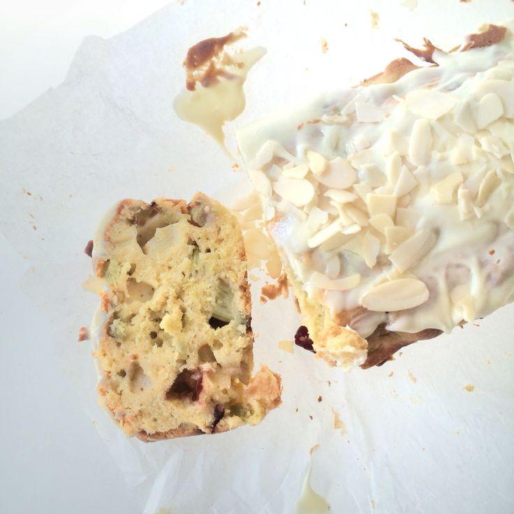 Rhabarber-Cake  rhubarb-cake  --> Rezept auf www.lalasophie.blogspot.ch