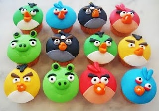 Angry Bird cupcakes.  My boys would love these!!!