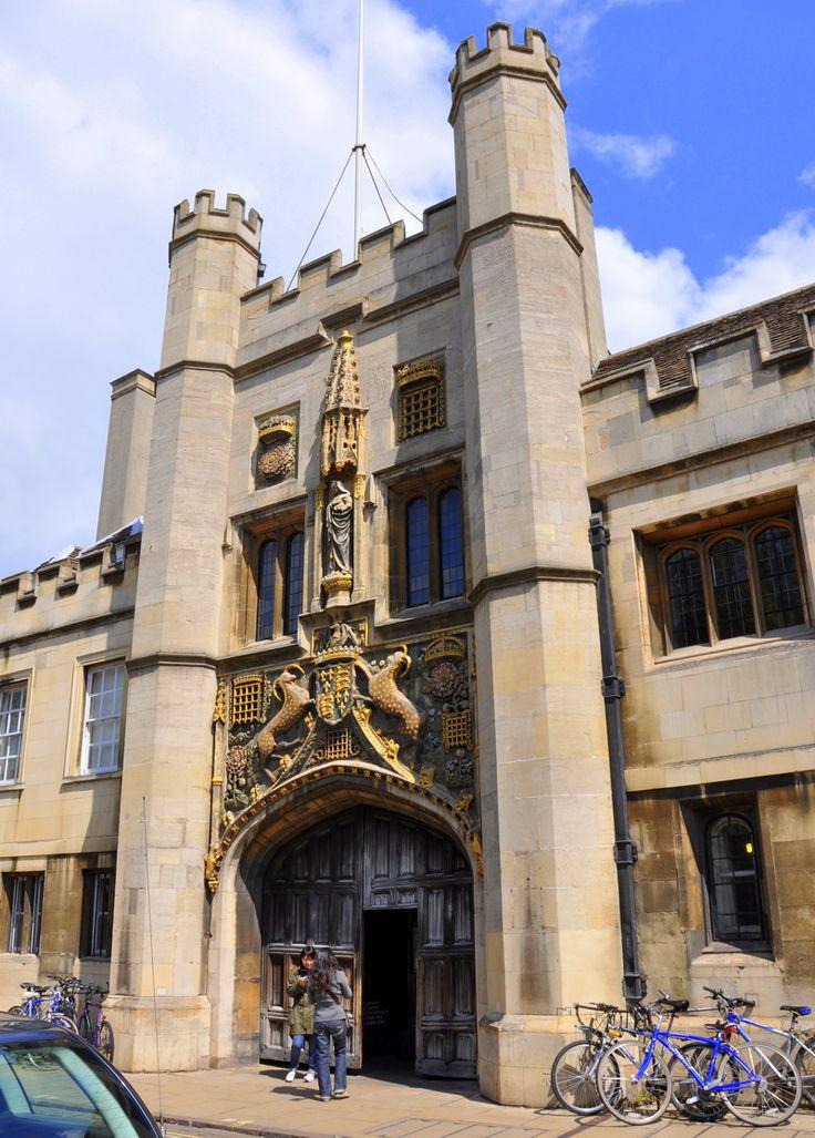 Si daca nu ajungi in Cambridge pentru studii, poti merge pentru a vizita frumosul oras englez.