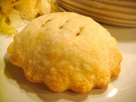 Delicious Dishings: Irish Beef Hand Pies