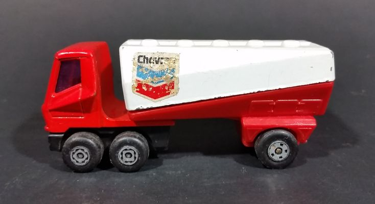 1973 Lesney Matchbox SuperFast 900 Chevron Red and White Freeway Gas Tanker without Trailer https://treasurevalleyantiques.com/products/1973-lesney-matchbox-superfast-900-chevron-red-and-white-freeway-gas-tanker-without-trailer #Vintage #1970s #70s #Seventies #Lesney #Products #Matchbox #Superfast #Chevron #Petrol #Petroleum #Gas #Gasoline #Semi #Trucks #Haulers #Toys #Collectibles #Iconic