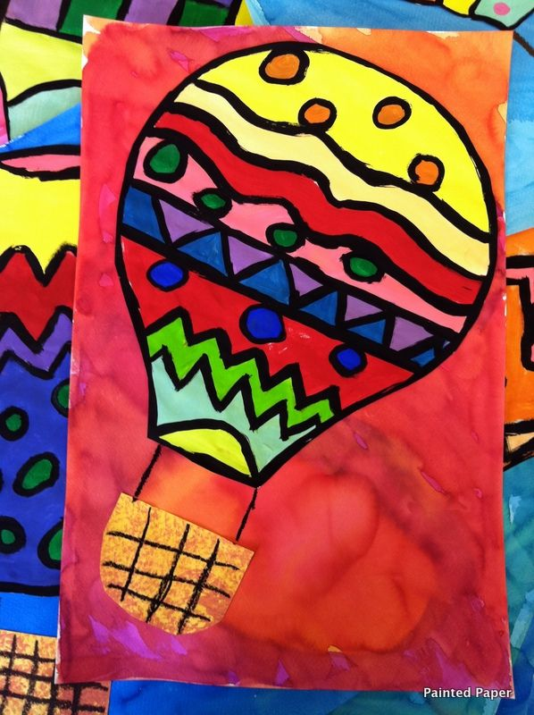 Hot air balloon w/ lines & patterns