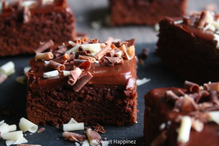 Chocolade Brownies with Cream Cheese Frosting - Recipe
