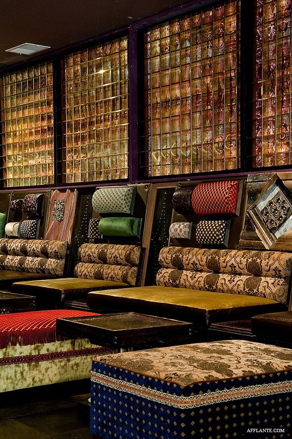 Salvage Lounge Bar // Straight Designs | Afflante.com