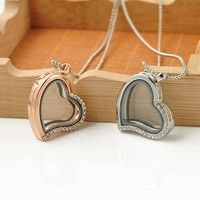 Material: alloy. Color: rose gold/silver. Chain length: approx 40 cm. Pendant diameter: 3 cm. Quant