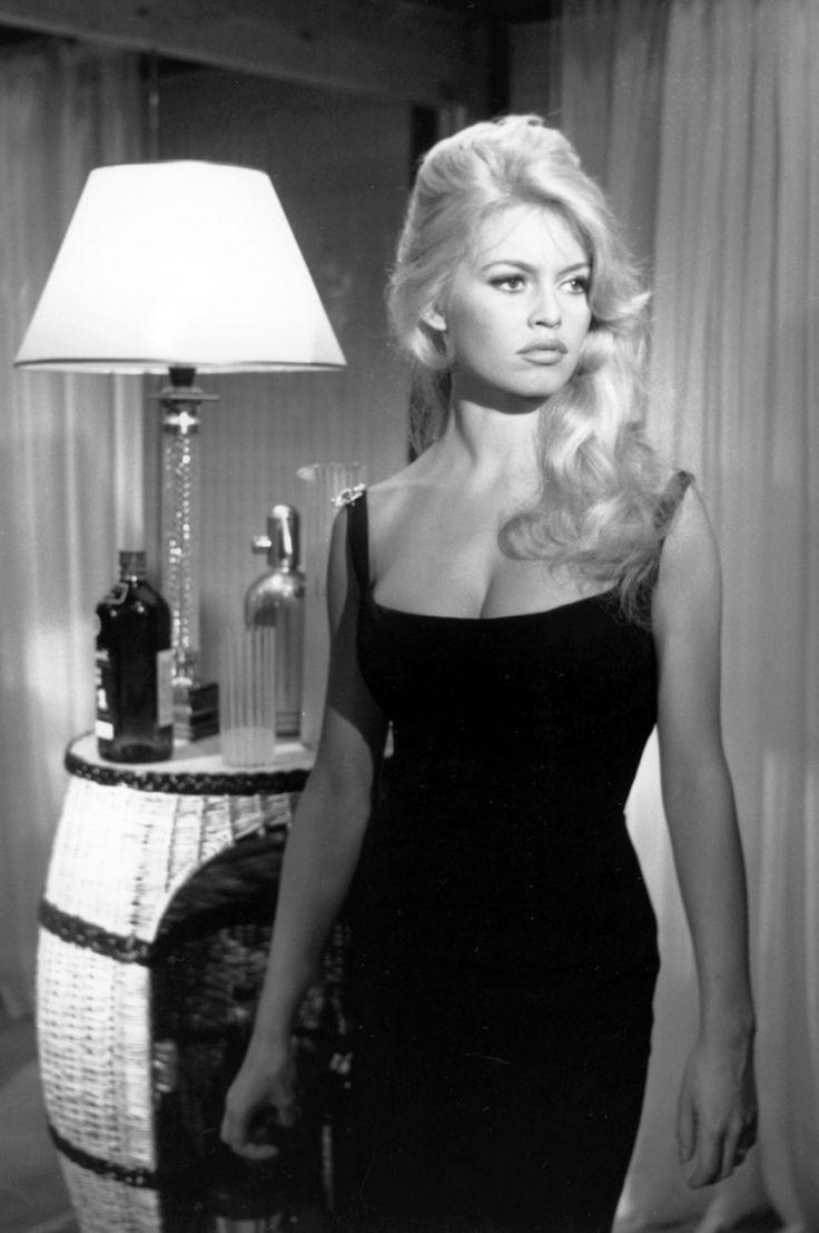 Brigitte Bardot French Actress Singer Bardot Hair