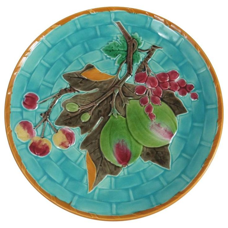 19th Century Majolica Figs Plate Wedgwood | From a unique collection of antique and modern dinner plates at https://www.1stdibs.com/furniture/dining-entertaining/dinner-plates/