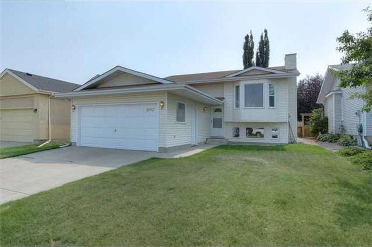 19047 71 Av, Edmonton, AB is located in LYMBURN and is priced at $389,900 - MLS® E3386879