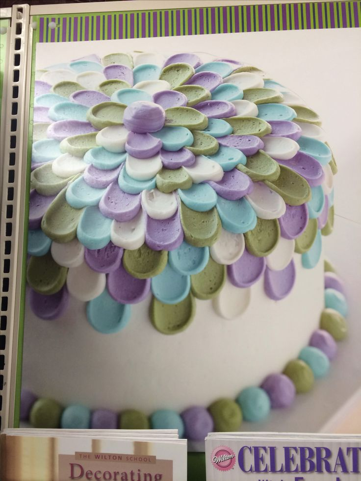 Wilton cake decorating.... I want to do this cake so bad!! @Danielle Jay - can I do a mini one like this for Carmen's bday... obviously in whatever colors you're having!