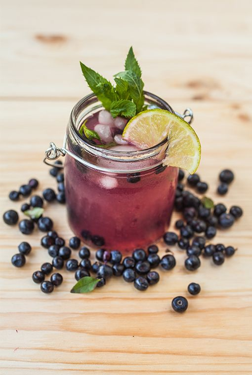 With a blend of the super nutritious blueberries, mint and soda water poured over the traditional rum, this makes a refreshing summer cocktail perfect for enjoying as the sun sinks into the vast expanse of the Indian Ocean. You can enjoy this cocktail at Constance Halaveli, Maldives.