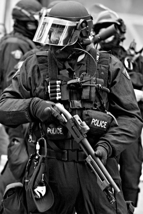 Marcos Washington en nog zoveel mensen worden gedood door politie's