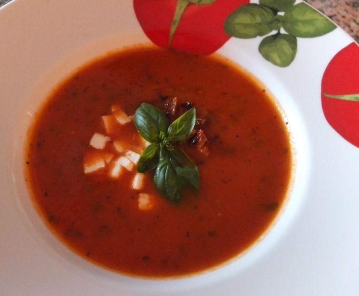 Rezept Tomatensuppe aus frischen Tomaten von Schirmle - Rezept der Kategorie Suppen