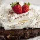 Cheesecake med choklad och nötter. Nu är jag inget proffs har bara hållt på ett par månader men denna känns LCHF-ig. Måste prova!