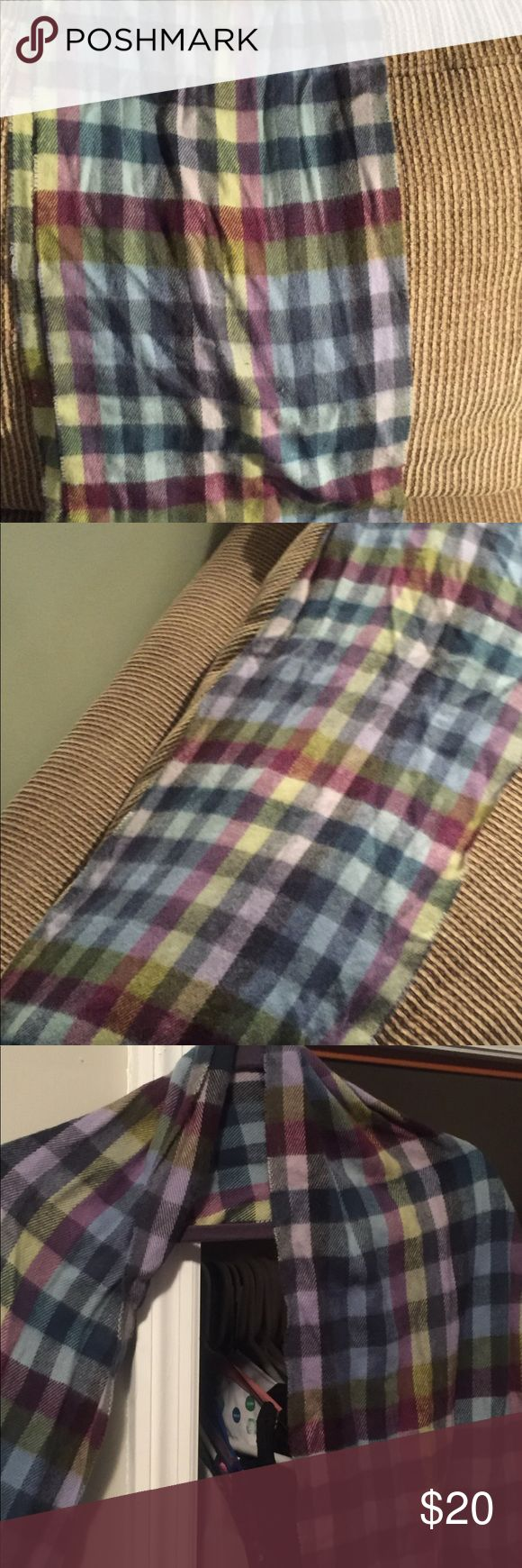 Multi color scarf made Italy Multi color scarf 1oo percent acrlico cejon Accessories Scarves & Wraps