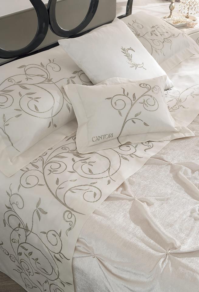 Set di lenzuola Liberty e coperta Plissè da abbinare ai #letti in ferro battuto Cantori!