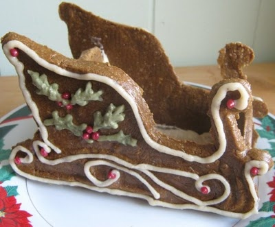 the happy raw kitchen: Raw Gingerbread Cookies:)