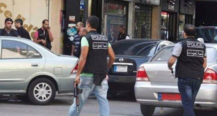 في بلدة ياطر الجنوبية توقيف سوري داعشي 20 سنة خط ط لاستهداف إحدى الحسينيات والكنائس متأثرا بأحداث سريلانكا Suv Car Suv Sports Jersey