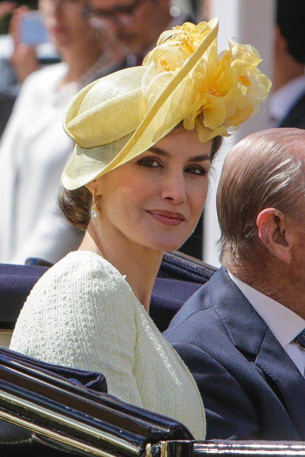 Laetizia d'Espagne en calèche avec le prince Philippe
