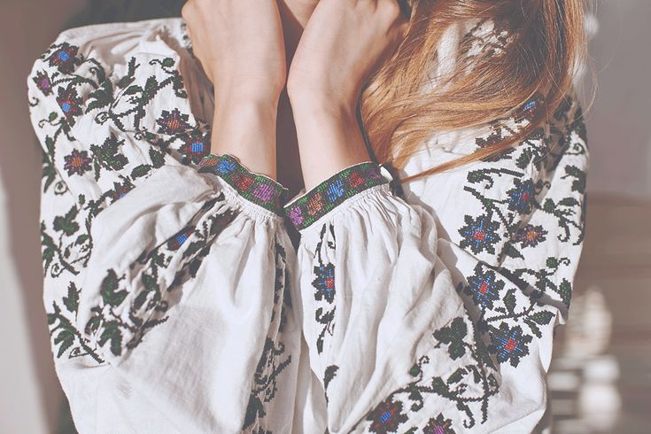 Photography: Copyright - Folkwear Society/ Model: Adela Niculae