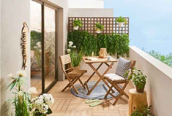 Terrazas, balcones y patios de primavera Small Balcony Design, Small Terrace, Apartment Balcony Decorating, Apartment Interior Design, Diy Furniture Plans, Outdoor Furniture Sets, Home Room Design, House Design, Terrace Decor