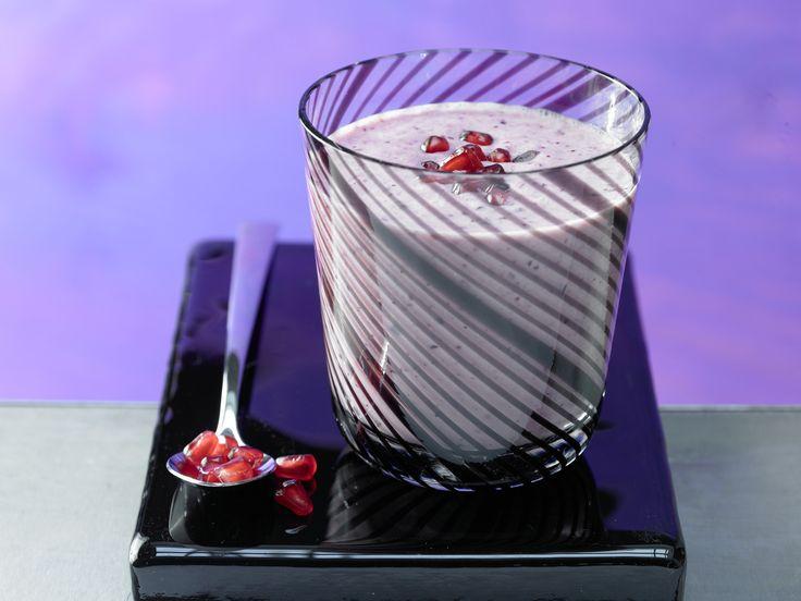 Granatapfel-Smoothie - mit Cranberrys - smarter - Kalorien: 152 Kcal - Zeit: 10 Min. | eatsmarter.de Granatapfel ist ein echtes Superfood.