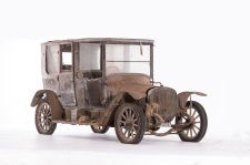 Delahaye Type 43 coupé-chauffeur Audineau et Cie - 1914. Artcurial Motorcars, Rétromobile 2015, Vente N° 2651 (Collection Baillon) - Lot N° 13.