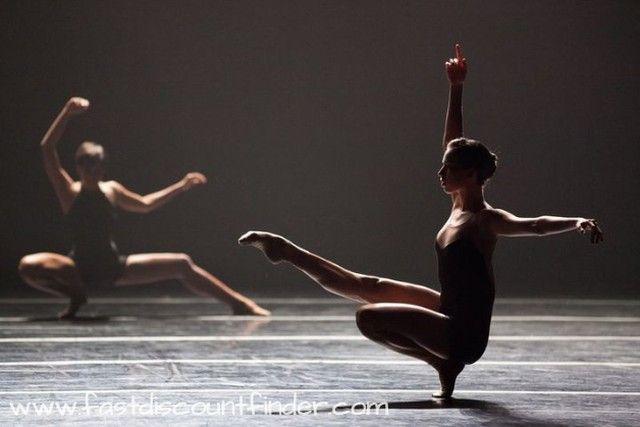 #ballet #balletinfantil #pontadopé #bailarina #bailarinos #photograph #photographer #photography #photoofday #artistofinstagram #artstagram #creative #artsy #amazing #blackballerina #dance #ballet #creative #blksqr #dance #dancers