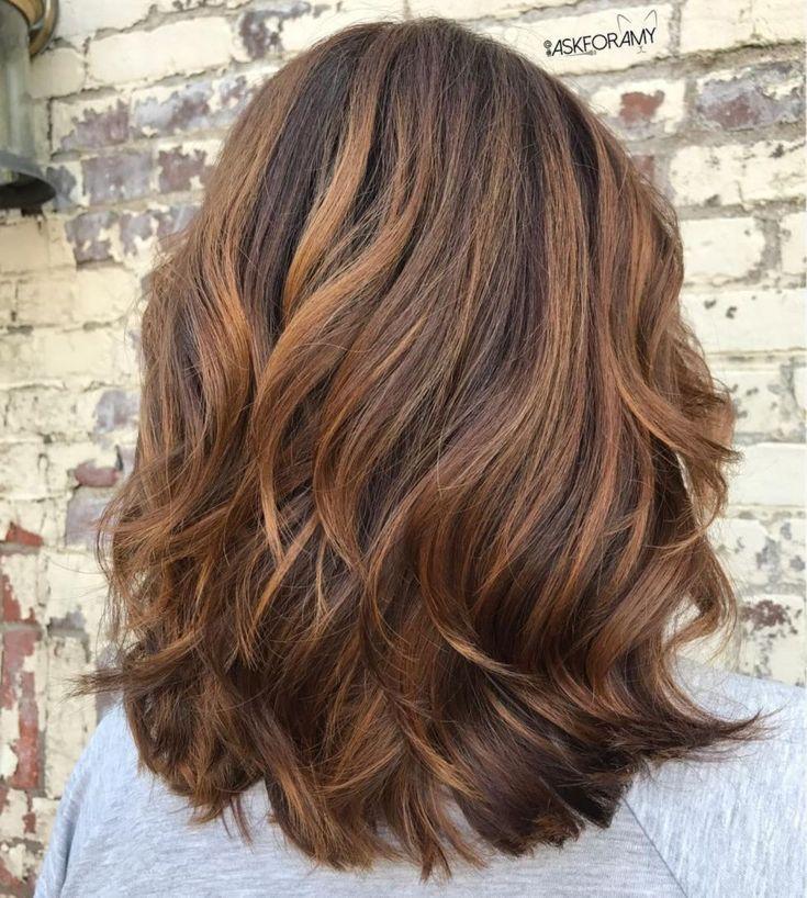 Karamell Balayage für dunkelbraunes Haar