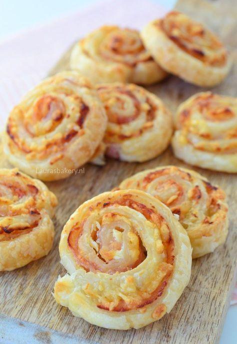 Bacon cream cheese pinwheels - bacon roomkaas spiralen - Laura's Bakery