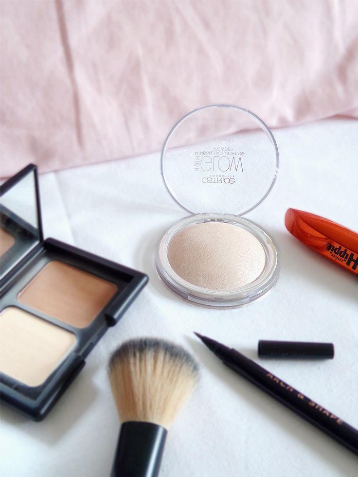 My Go-To Makeup Look for University - Tea & Curls