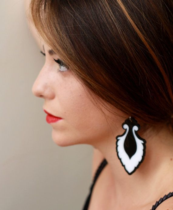Black & White Teardrop Earrings - Bridesmaid Jewelry - Romantic Jewelry - Cocktail Jewelry - Party Jewelry - Evening Jewelry - Gift For Her  These unique teardrop earrings are made from a combination of black and white acrylic parts, they hang on nickel free gold plated over brass earwires.  These earrings make a bold statement, yet are surprisingly lightweight and easy to wear. $65
